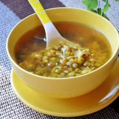 夏天消暑就喝绿豆汤,它还可以美容养颜!